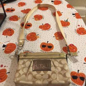 Coach Poppy Cross body purse